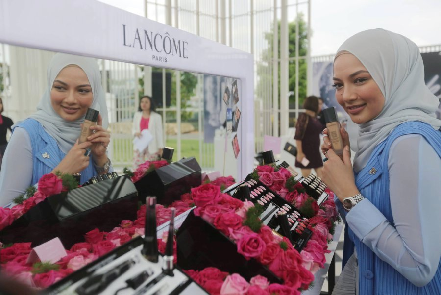 Noor Neelofa Mohd Noor made history when she was appointed as French cosmetics and fragrance brand Lancome's first ambassador for Malaysia. The new position also makes her the international company's first ambassador donning the hijab. Pix by Syarafiq Abd Samad