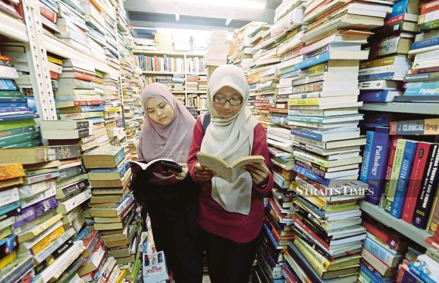The benefits of reading continues long after one has put down the printed material and the improved brain connectivity persists for five days. -NSTP/file pic