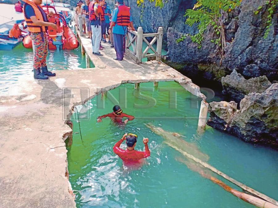 The jetty at Pulau Anak Tikus, Langkawi, which collapsed on Oct 29. Twelve people were injured in the incident. FILE PIC