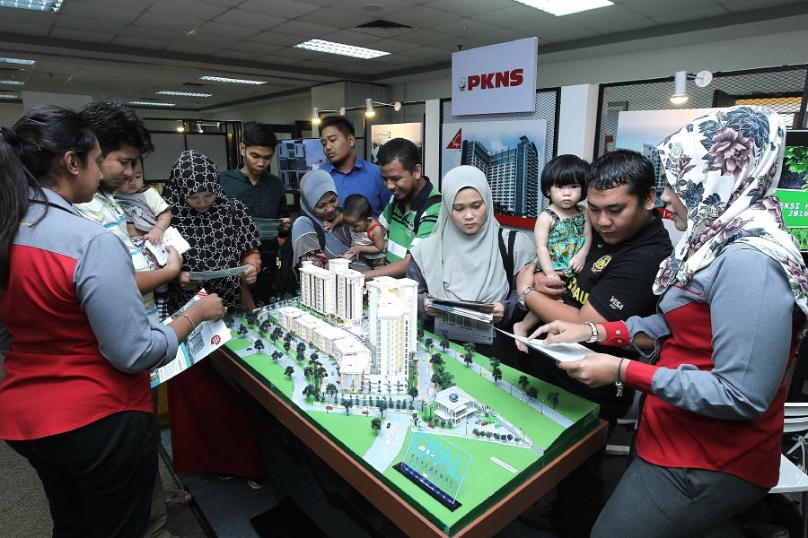Bread-and-butter issues affecting prospective homebuyers will take centre stage at the MyRumah Property Showcase, which will be held at The Curve in Mutiara Damansara, Selangor, from Oct 6 to 8. (File pix)