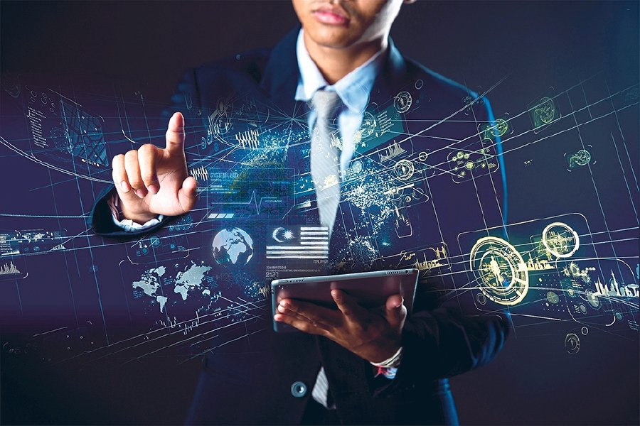 Youths need to engage with the working world to better understand the direction employment opportunities are taking and strategise their future careers. - Pic source: Freepik