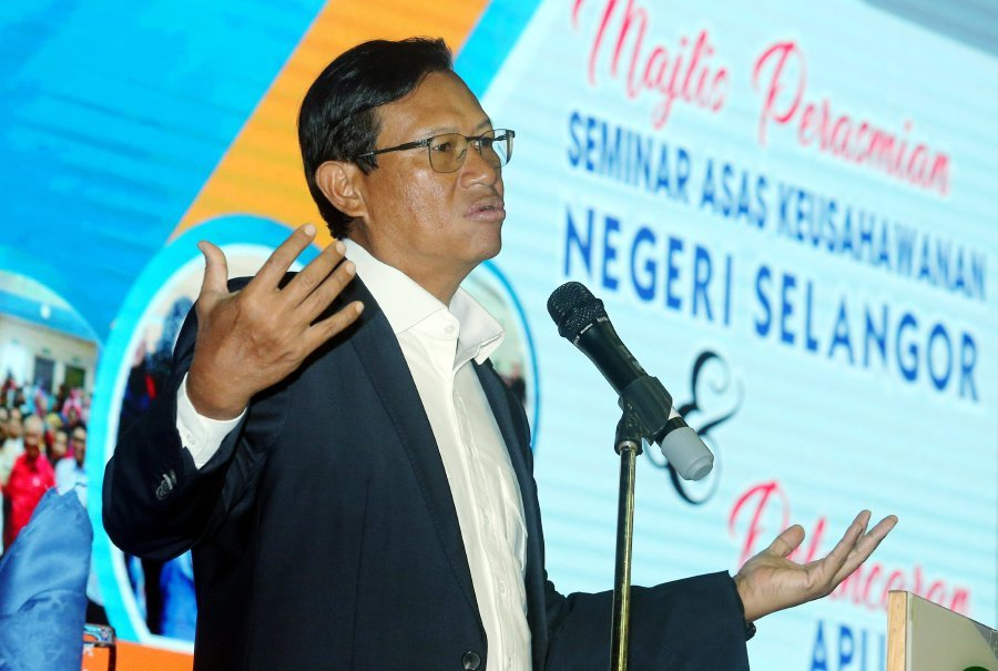 Agriculture and Agro-Based Industry Minister Datuk Seri Ahmad Shabery Cheek said the allocation is to help women entrepreneurs to start or expand their businesses. Pix by Mohd Fadli Hamzah