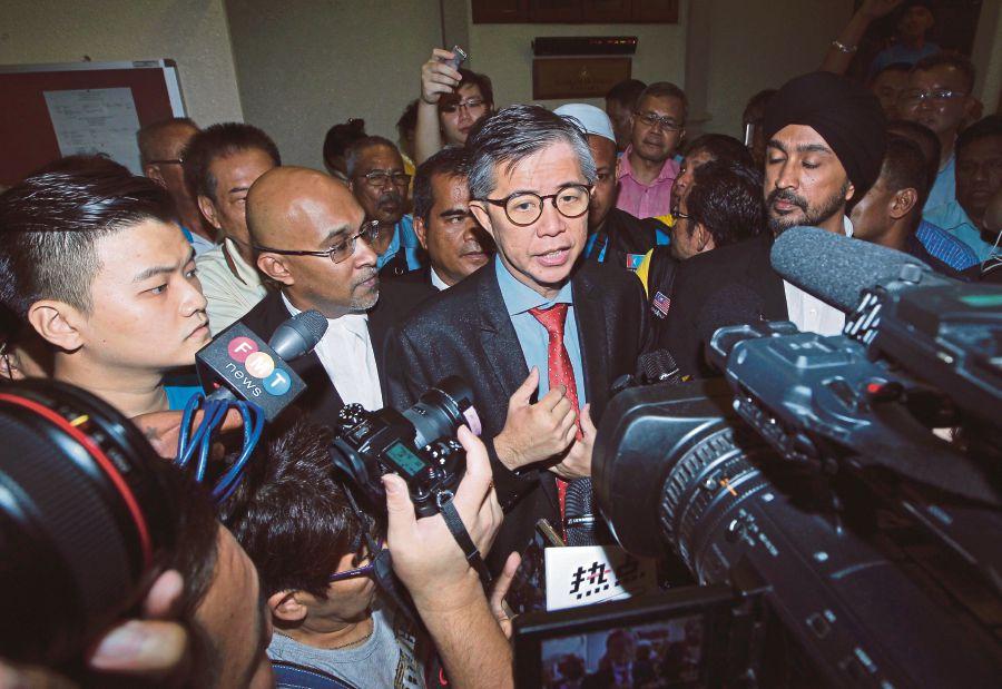 High Court dismisses Tian Chua's suit against EC