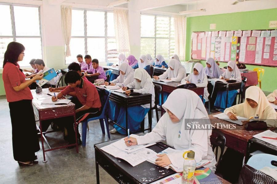 The Education Ministry last year announced that the Arts and Science streams that segregate students according to their capabilities in upper secondary schools will be scrapped beginning this year. FILE PIC