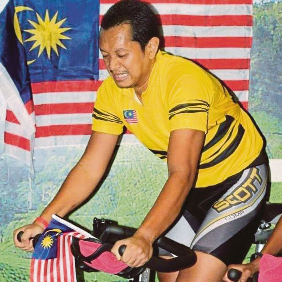 Former cycling coach Azmy Mohamad hopes the New Year will bring stability  and for all to be able to get back to a life of normalcy.  PIC COURTESY OF AZMY MOHAMAD