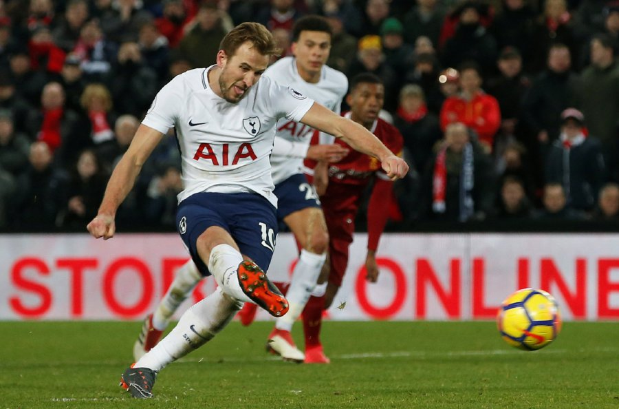 Virgil van Dijk: Kane was clearly diving and it was an offside
