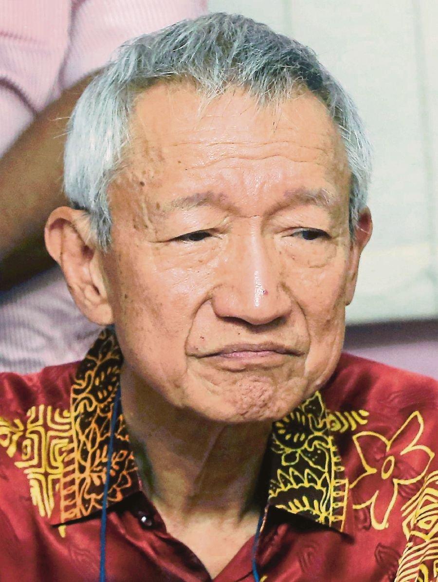 Dr Sim Poey Choong