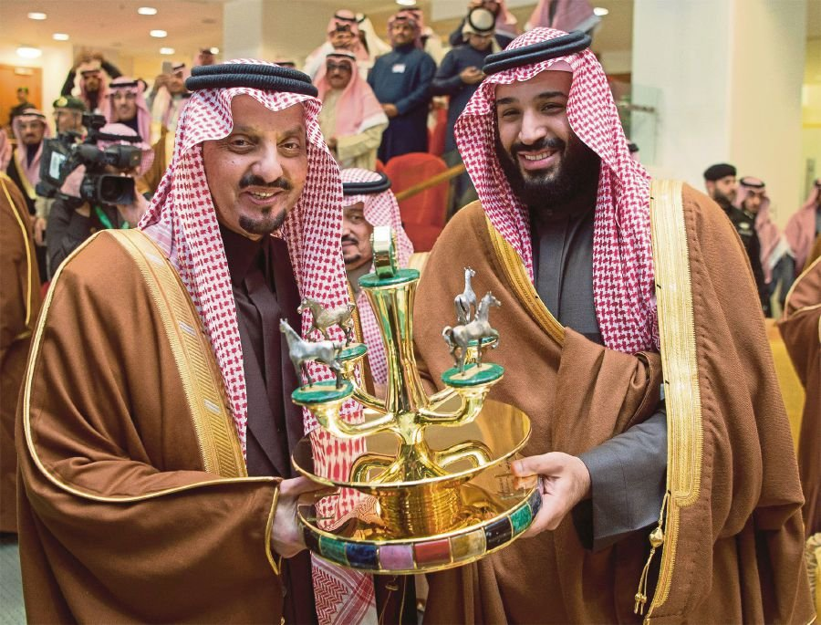 Saudi: 11 Princes Arrested over Demonstrating in Riyadh Royal Palace