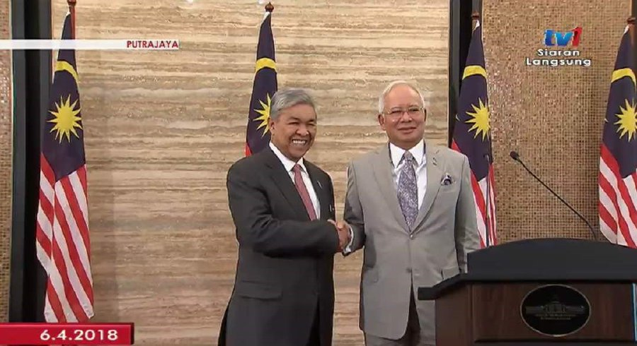 Malaysian PM announces dissolution of parliament amid crackdown on freedom of speech