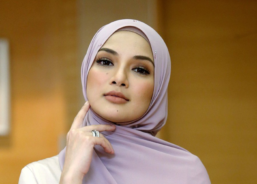 Image result for IMAGES OF NEELOFA