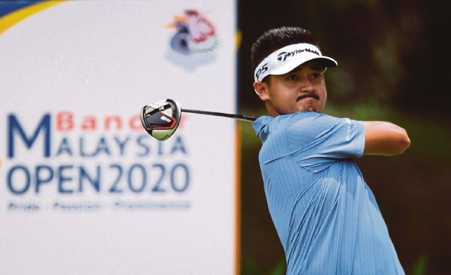 Liu Yanwei in action in the second round of the Malaysia Open at the Kota Permai Golf and Country Club yesterday. - BERNAMA pic