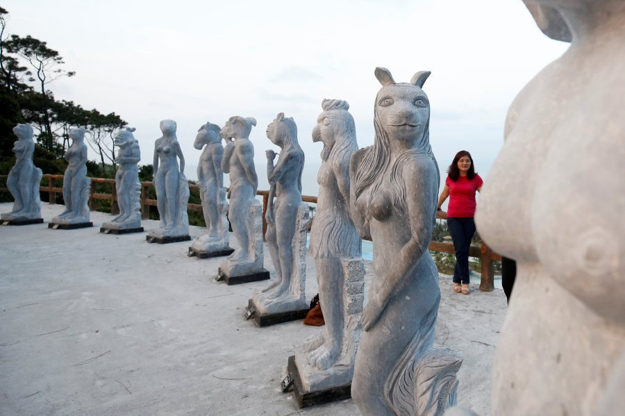 Vietnam Warns against Inappropriate Statues after Nude