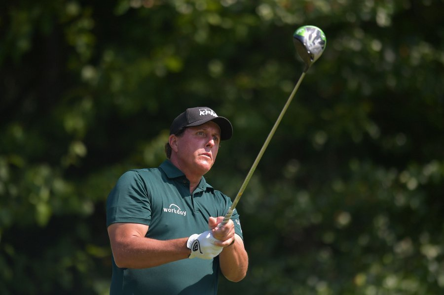 Stricker picks Hoffman, Mickelson for President's Cup