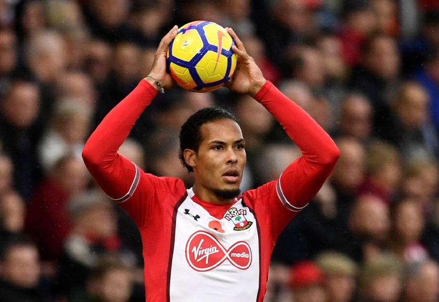 Southampton's Virgil van Dijk is now 100 per cent committed to the club despite the close-season window saga, where he almost joined Liverpool. REUTERS