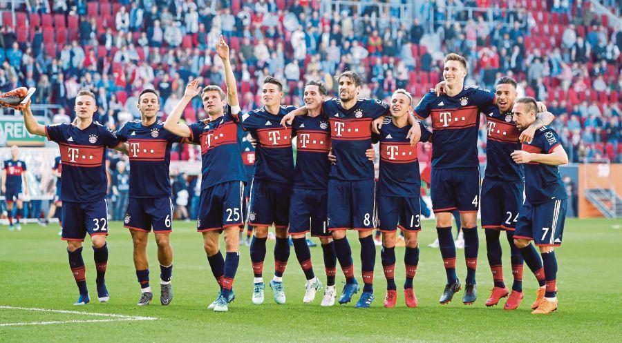 Natiijada sawirka Bayern Munich win sixth straight Bundesliga championship