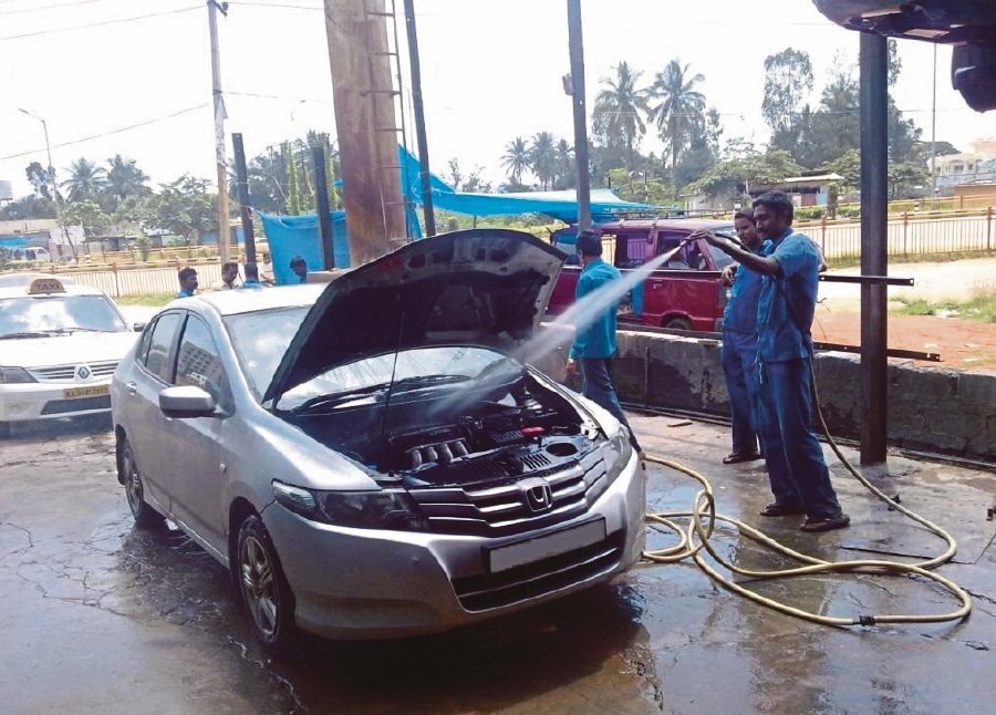 A One Thing All People Who Love Cars Have In Common Is Washing Them Regularly But By Our Are We Doing Service Or Can Damage