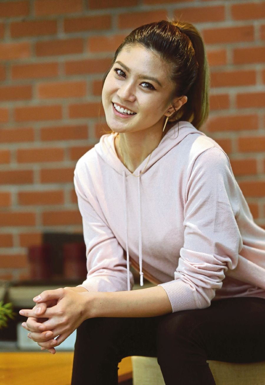 Singer and actress Elizabeth Tan hopes that by sharing her experience of depression she can help those facing similar circumstances. PIC BY HALIMATON SAADIAH SULAIMAN