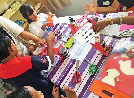 Among the art workshops for underprivileged children organised by CreaTee.