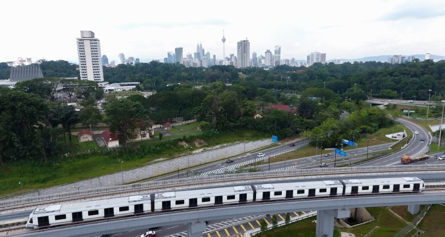 Just one week more and phase two of the Mass Rapid Transit (MRT) Sungai Buloh-Kajang (SBK) line will be entirely completed to begin operating and serve its role particularly in facilitating travel for the population in previously underserved areas. Pix by MUHD ZAABA ZAKERIA