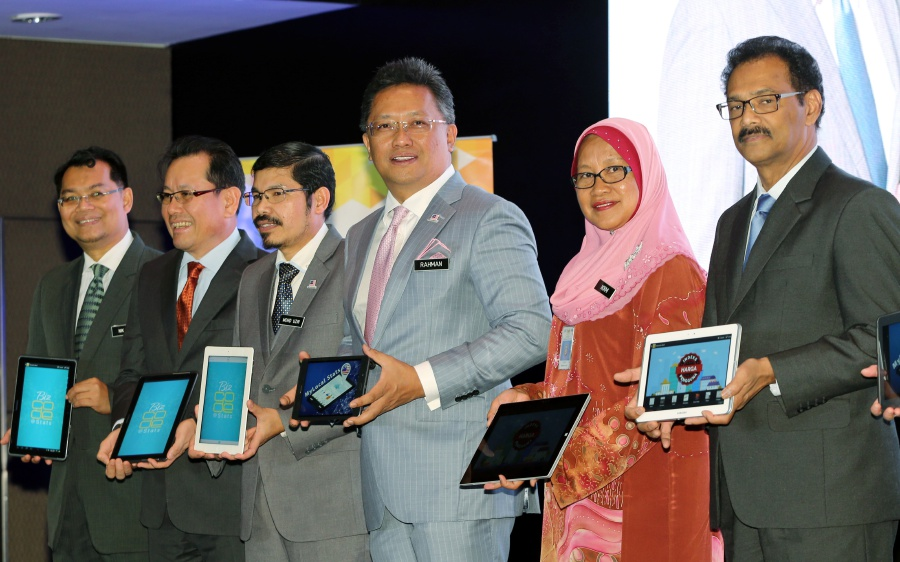 It is now easier to access national statistics as the Department of Statistics Malaysia has launch its user-friendly mobile applications, including MyLocalStats and BizCode@Stats. (Pix by ABD RAHIM RAHMAT)