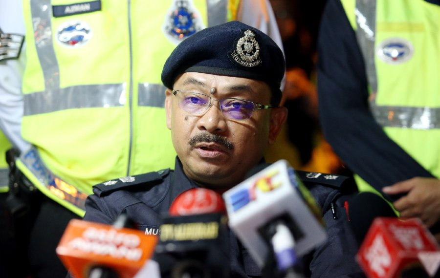 Federal Traffic Enforcement and Investigation Department deputy director, Superintendent Mustafa Bakri Salleh says the department will engage the Natural Resources and Environment Ministry more robustly to hold mat rempit liable for noise pollution. File pic by HALIMATON SAADIAH SULAIMAN