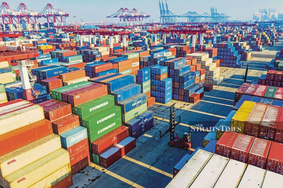 The Ministry of International Trade and Industry (MITI) said exports totalled RM84.08 billion, a marginal decrease of 1.5 per cent compared to January 2019 while imports slipped by 2.4 per cent to RM72.08 billion. (AFP photo)