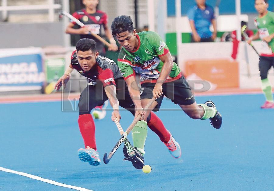 THE Malaysian Under-18 squad have opened up a box of opportunities, as they did the unexpected and delivered a gold medal in the Youth Olympics Hockey 5s in Buenos Aires on Sunday. (NSTP Archive)