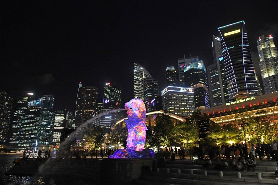 Singapore and Paris Top World's Most Expensive Cities