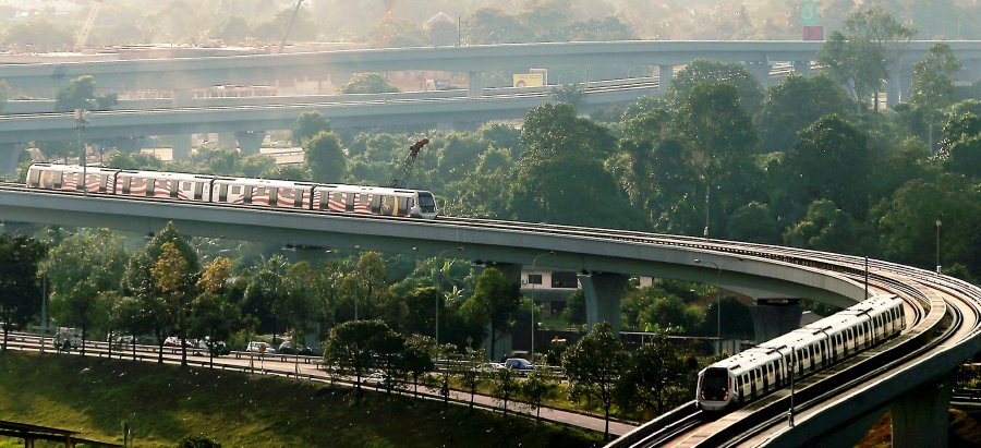 (File pix) In the last decade, public transportation developments in the Klang Valley have change the way people travel in the city. With the launch of the MRT Sungai Buloh - Kajang Line tomorrow, Kuala Lumpur is on the right track to be on par with other metropolitan cities. Pix by Zulfadhli Zulkifli