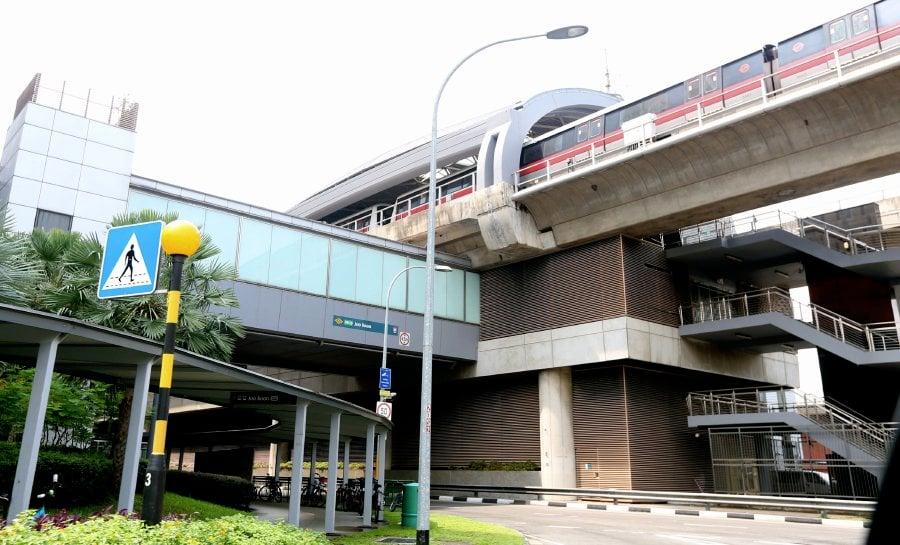 25 injured as SMRT trains collide at Joo Koon MRT Station