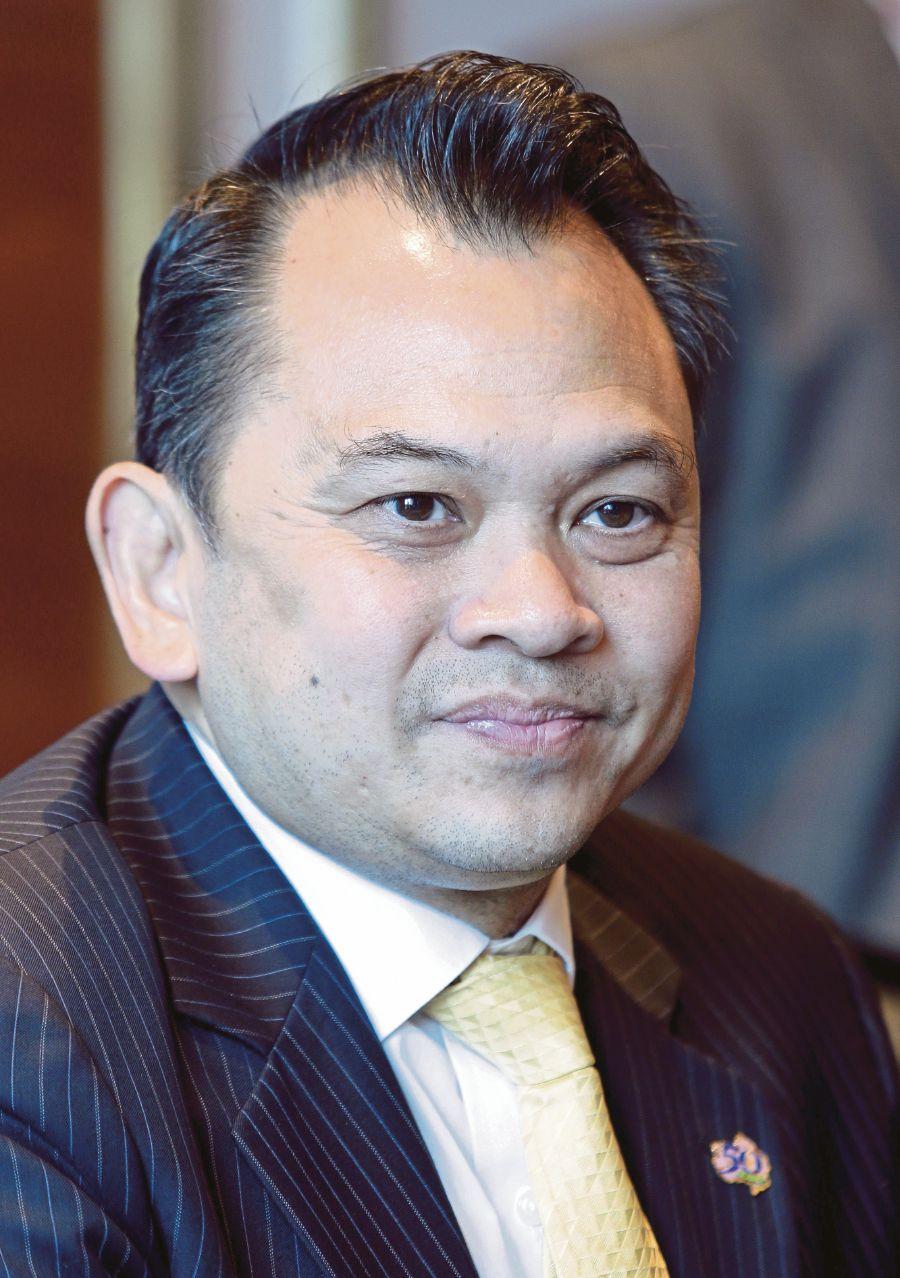(NSTP File Pix) Thailand Minister of Education, Nataphol Teepsuwan.