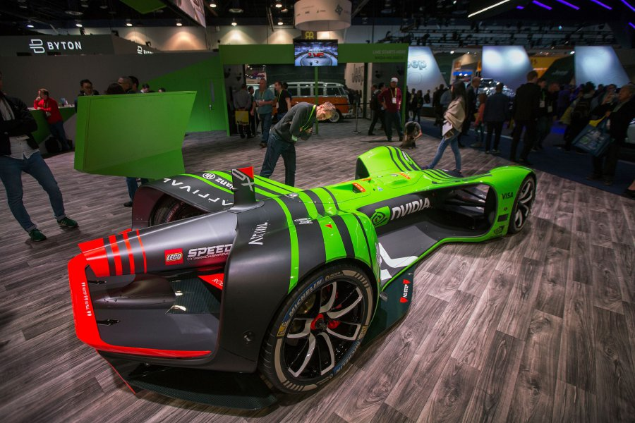 As Tech Ascends Has CES Made Detroit Auto Show An Afterthought - Car show in vegas today