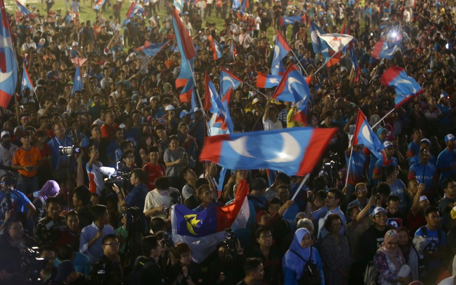 Former Malaysian Deputy PM Anwar Ibrahim released