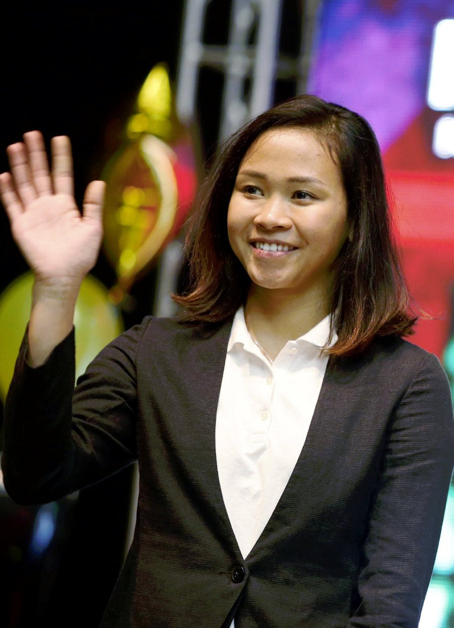National diving queen, Pandelela Rinong admits that she needs to improve on her technique at the start of her dive if she is to better her achievements at the upcoming Commonwealth Games in Gold Coast, Australia next month. (File pix)