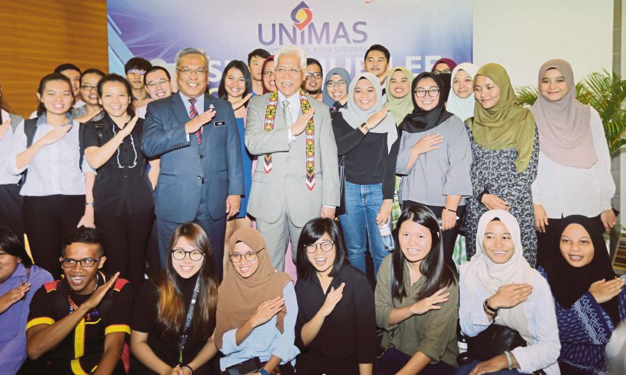 Unimas First Public University To Implement Holistic Assessment Icgpa Entirely