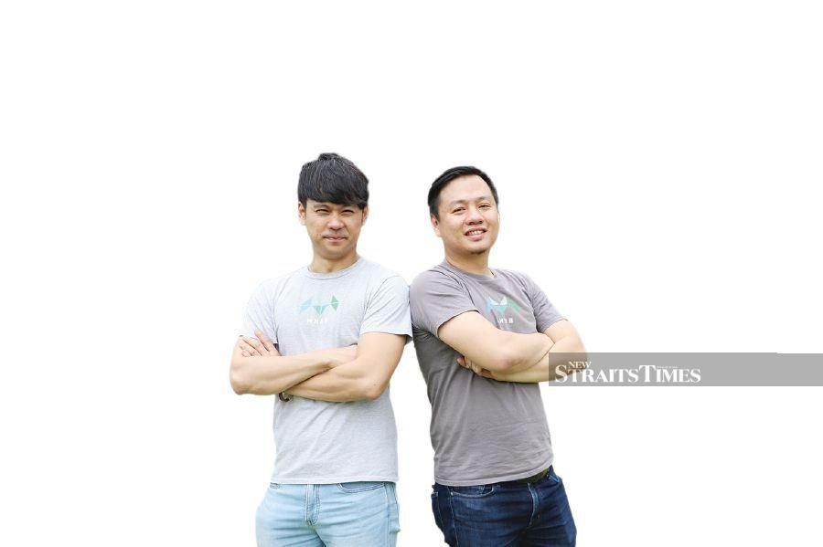 Quek Wee Siong (left) and Jason Ding.