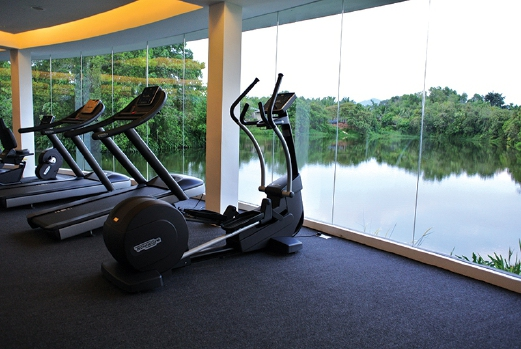 Even spending time at the gym will give you a majestic view of the lake.