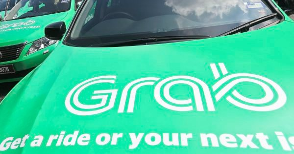 Grab driver robbed by two passengers