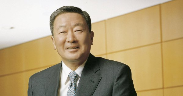 S.Korea's LG Group chairman dies from illness at 73