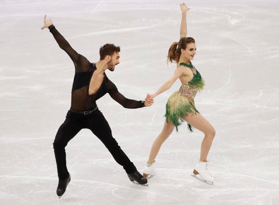French Ice Dancer Gabriella Papadakis Suffers Wardrobe Malfunction at Winter Olympics 2018