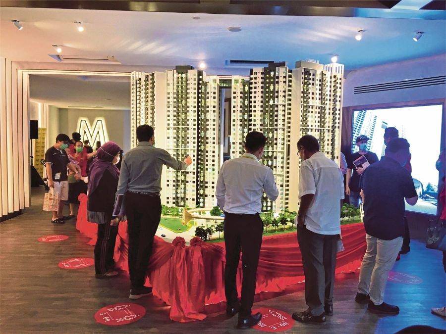 Knight Frank Malaysia managing director Sarkunan Subramaniam said during the first half of the year, the central areas of Kuala Lumpur saw fewer residential project launches and lower level of transactional activity. File Photo