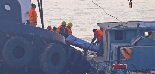 Eight dead, 26 missing as dive boat sinks in flames off