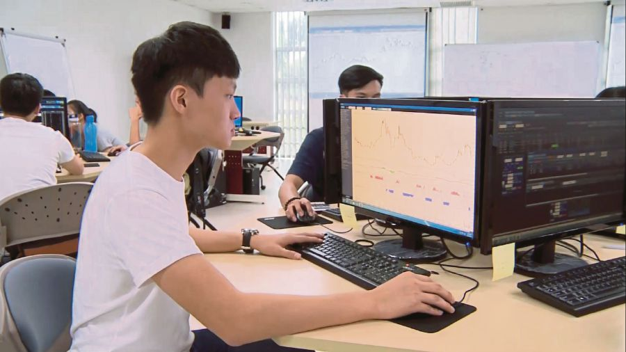 Law Ken Kiet using the simulation software during a practical session.