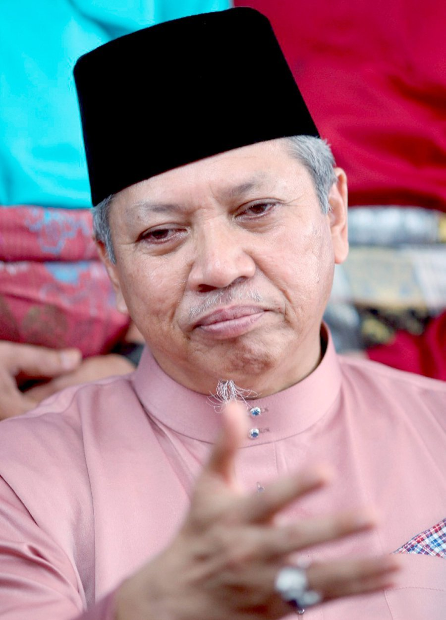 Loyalty To Party Before Leaders, Annuar Reminds Umno Members