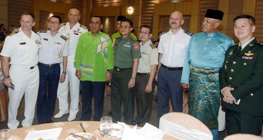 Thousands Attend Defence Ministry's Hari Raya Open House