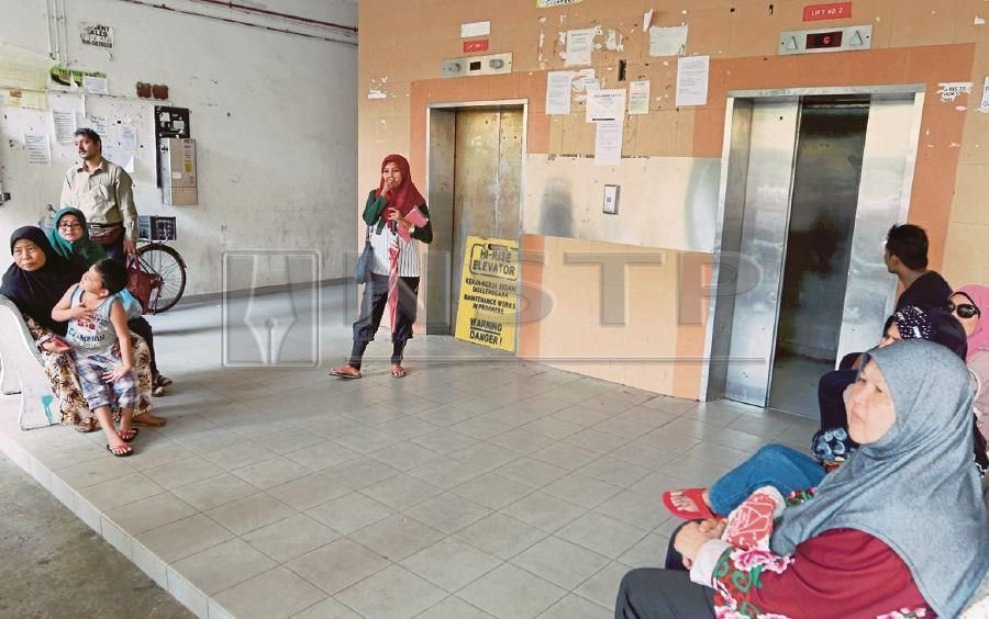 The faulty lifts are causing hardship to residents of UDA Flats in George Town. PIC BY MIKAIL ONG