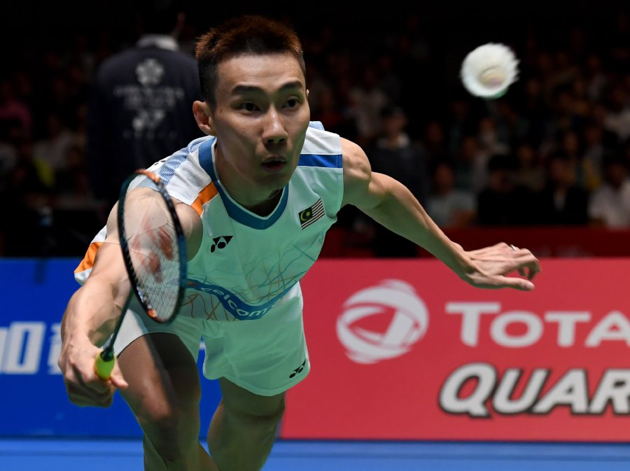 Chong Wei goes down to Axelsen at Japan Open