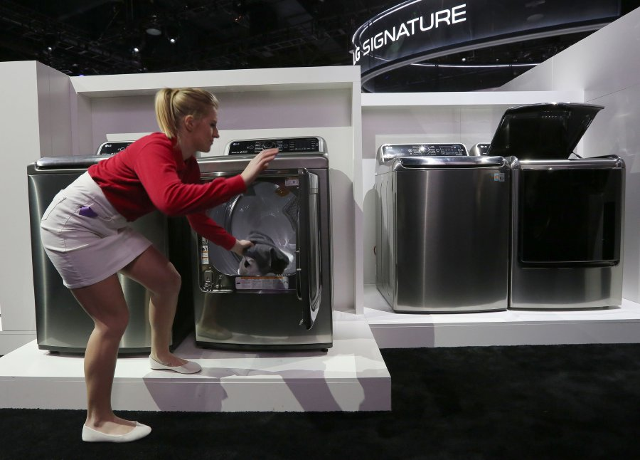 USA  approves controversial tariffs on imported washing machines and solar panels