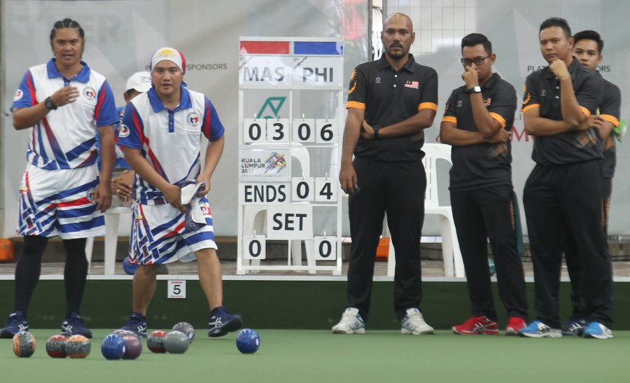 Malaysia grab second lawn bowls gold from men's triples