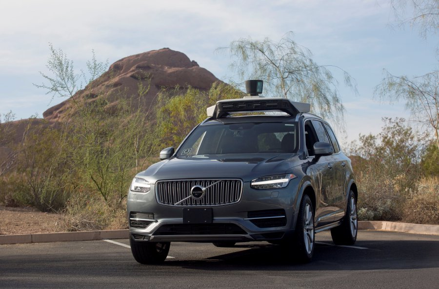 Self-driving Uber saw woman 6 seconds before fatal crash